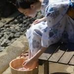 盆踊りの由来や日本三大盆踊り、浴衣のたたみ方などを解説!
